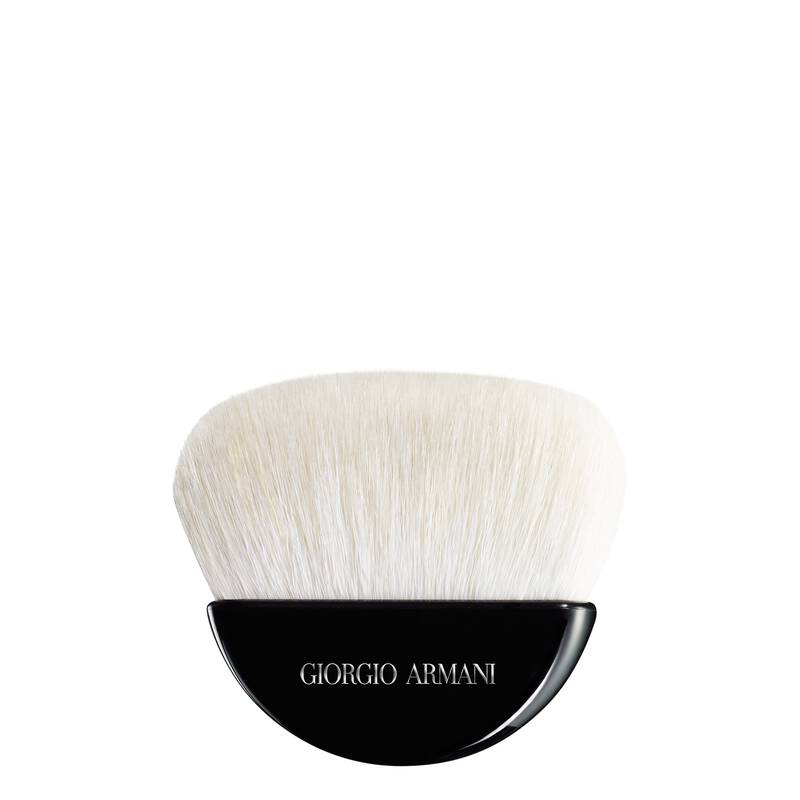 Armani Beauty - Contouring Powder Brush - 1
