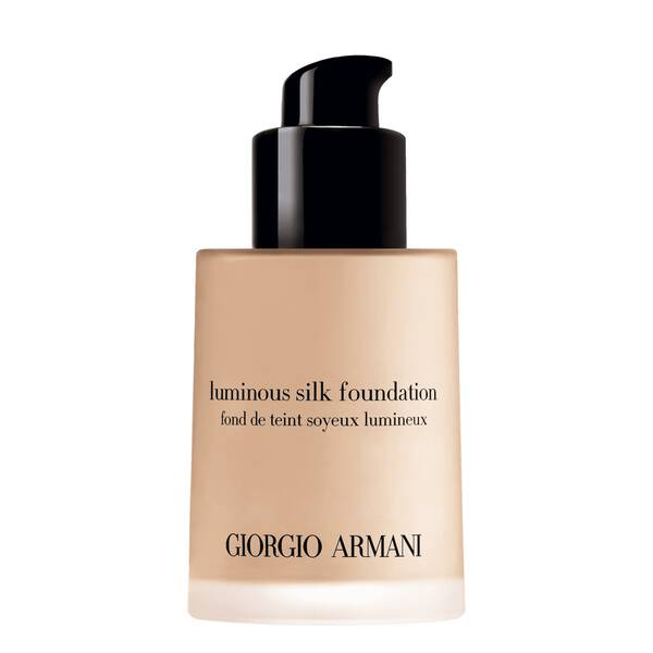 317f0b3c8c1 Giorgio Armani Luminous Silk Foundation